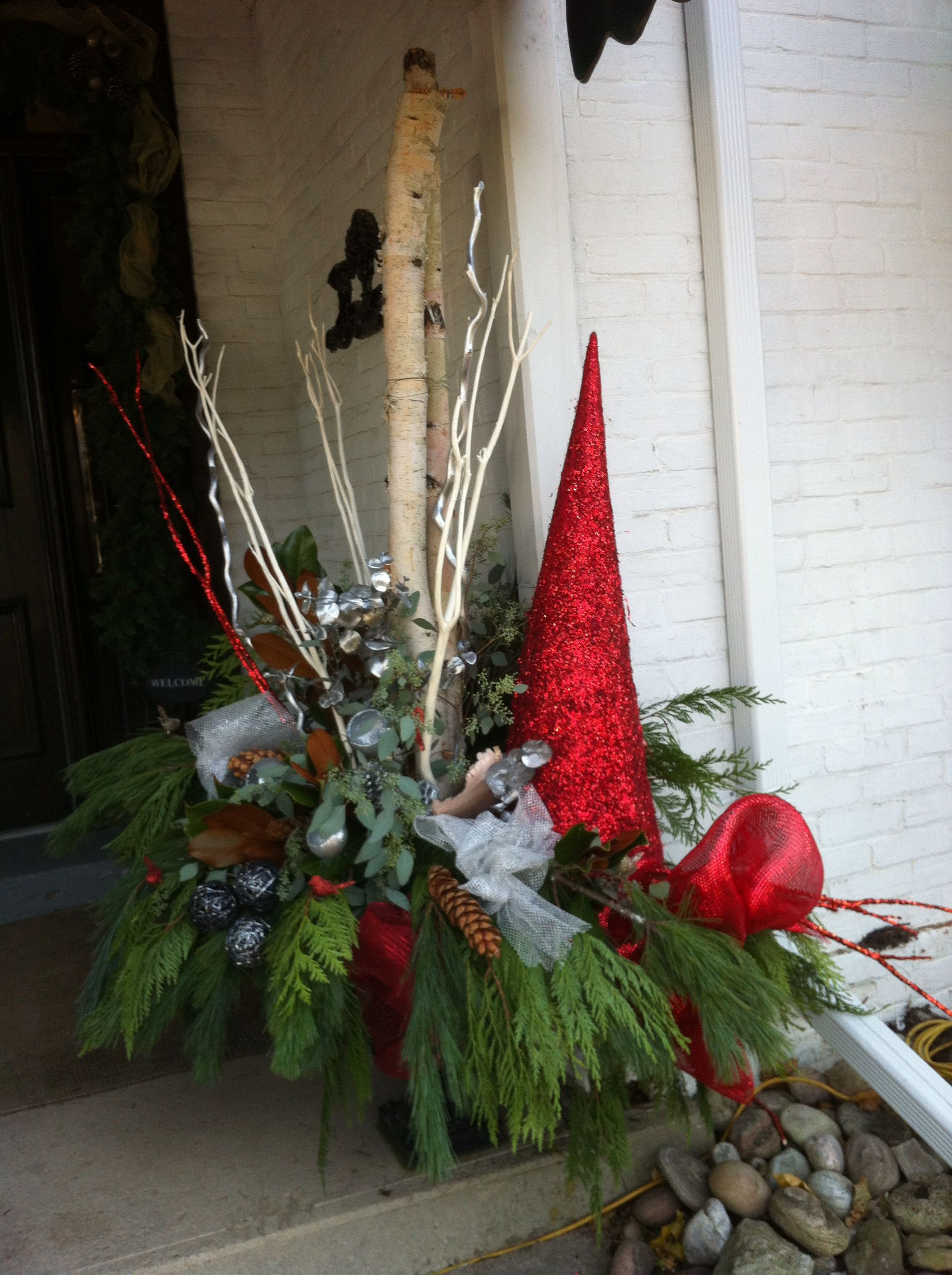 Urn Decor Enchanting Christmas Urn Decor At The Spa Romantic Garden Theme  Christmas Decorating Inspiration