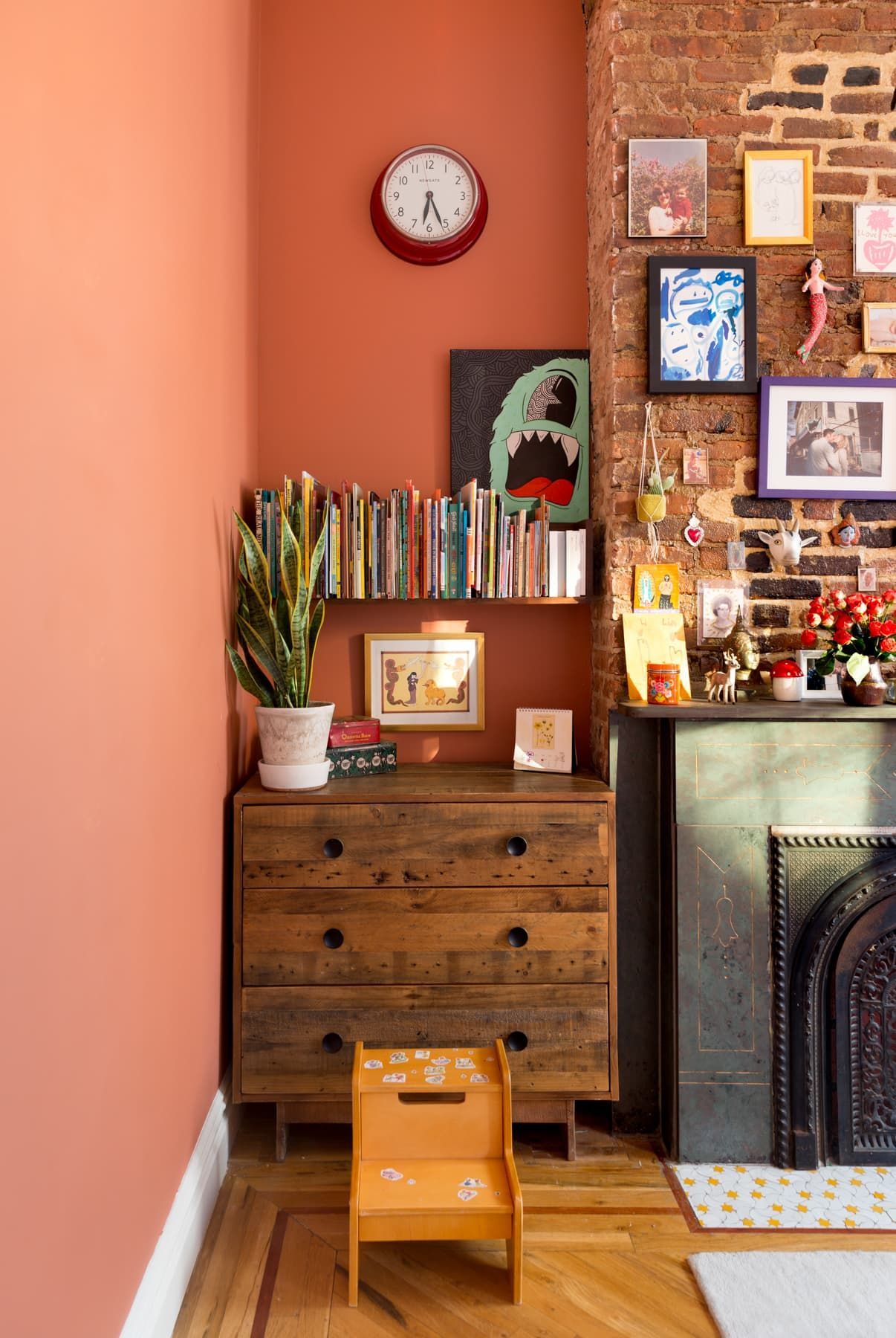 A Brooklyn Home S Blush And Black Kitchen Isn T Even Its Boldest