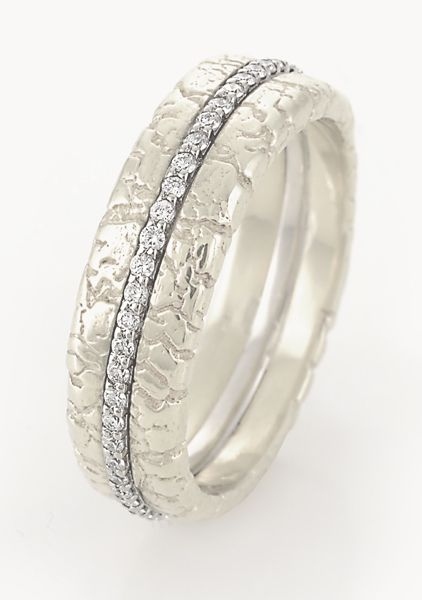 My classic wedding band in 18 k white gold.