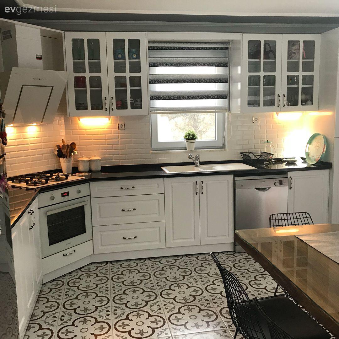 Kentten köy yaşamına dönüş.. Ebru hanımın kır evi.. #kitchendesigninspiration
