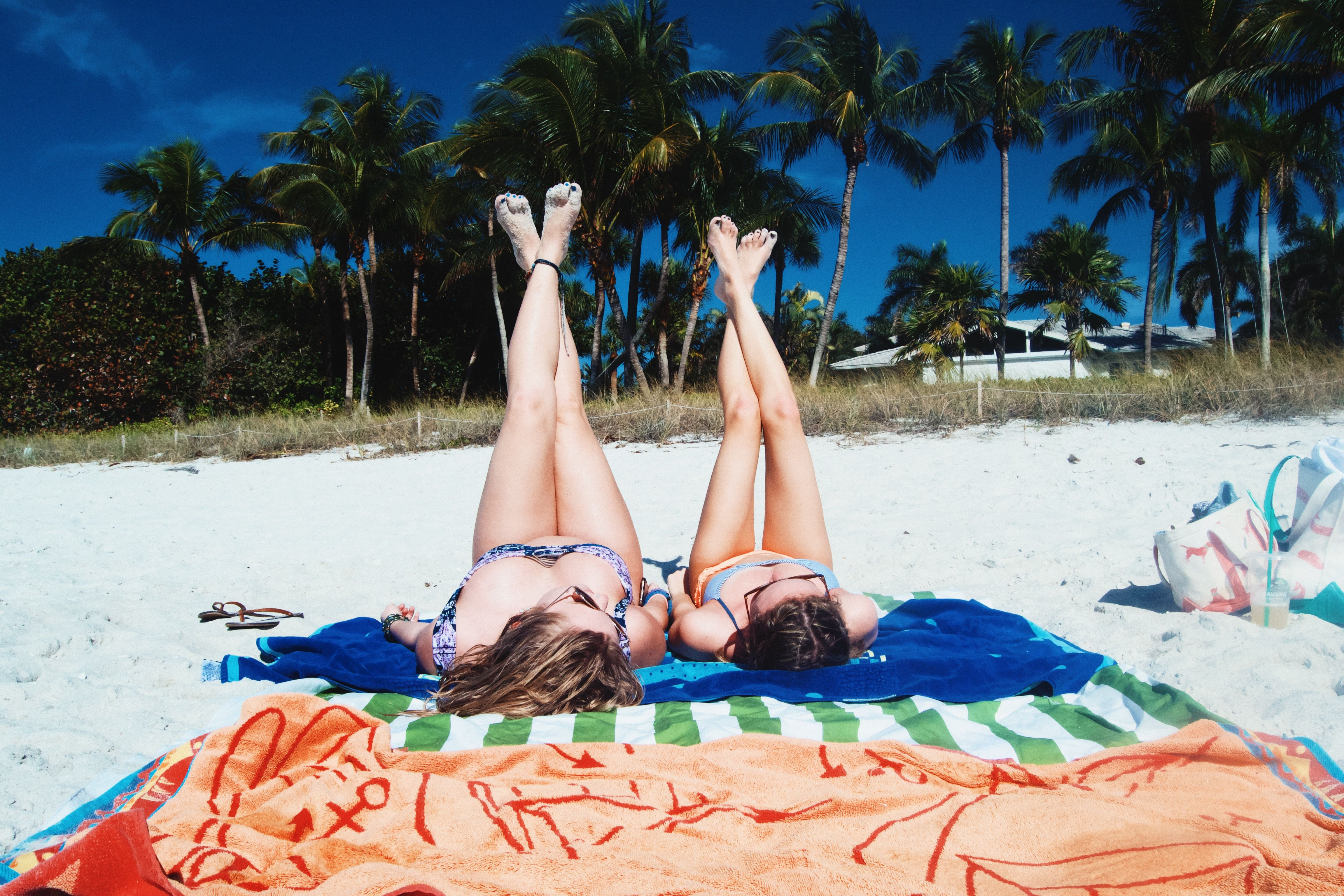 Friend beach photos. Traveling alone with a friend. Used ...