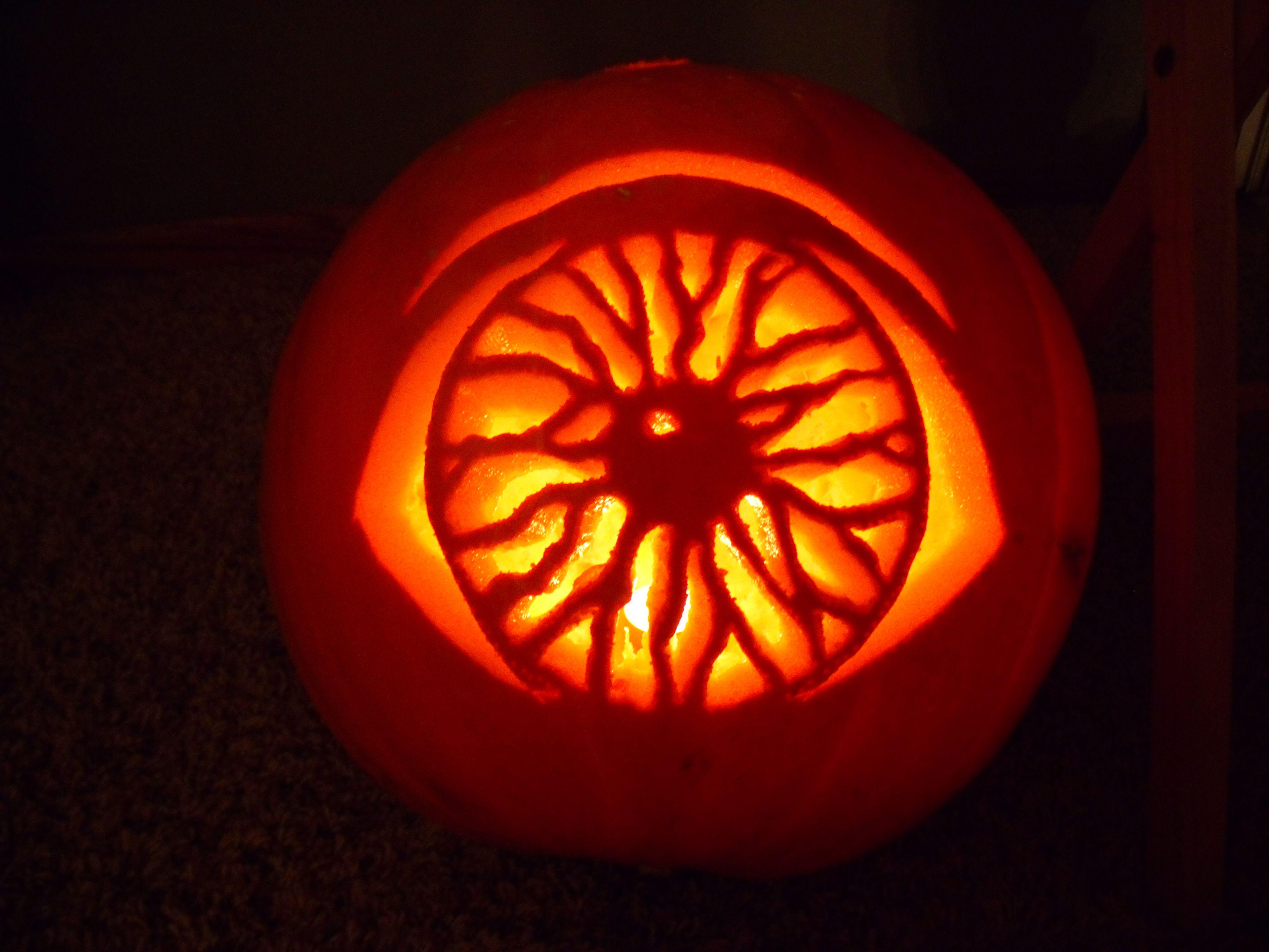 pumpkin template eyeball  5+ Best Cool, Creative & Scary Halloween Pumpkin Carving ...