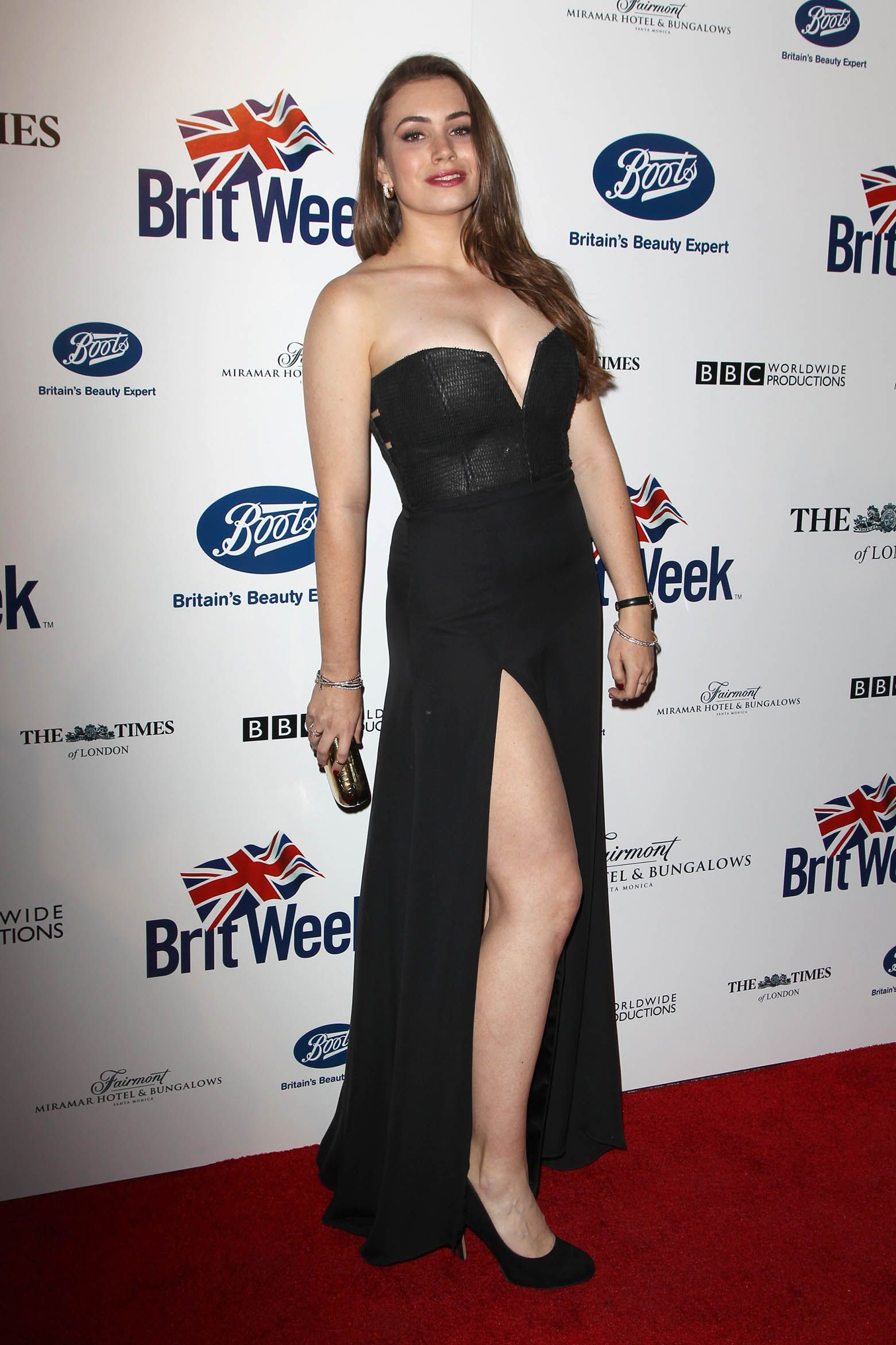 sophie simmons car accident