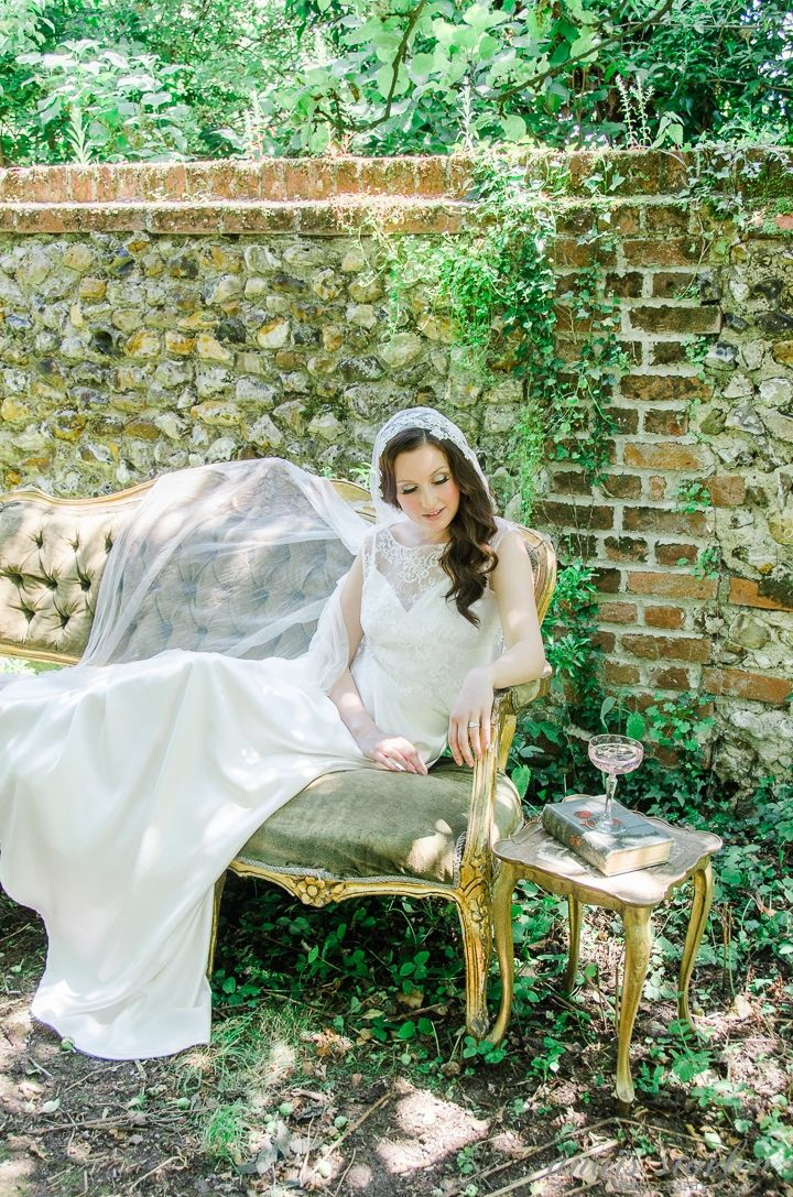 Kelly Spence Venezia silk veil   Dress by Faith Caton-Barber   Hair & make-up by Marianne Roza - The Beautiful Bride Co   Furnture, props & styling by Vintage Styling   Flowers by Violets & Velvet   Shoes by Emmy London   Photo by Anaïs Stoelen