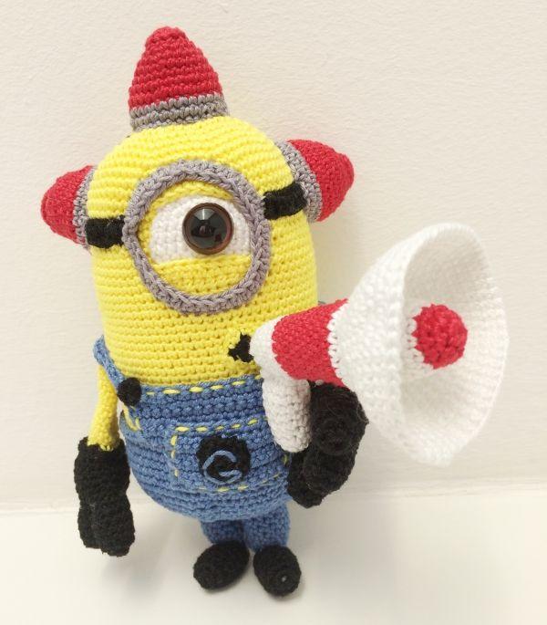 Bee-Doo Minion Häkelanleitung | Keramea. Häkeln, stricken ...