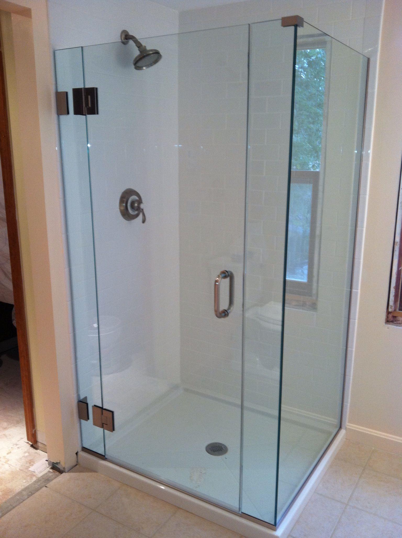 Simple glass shower | Luxury Showers | Pinterest | Shower enclosure ...
