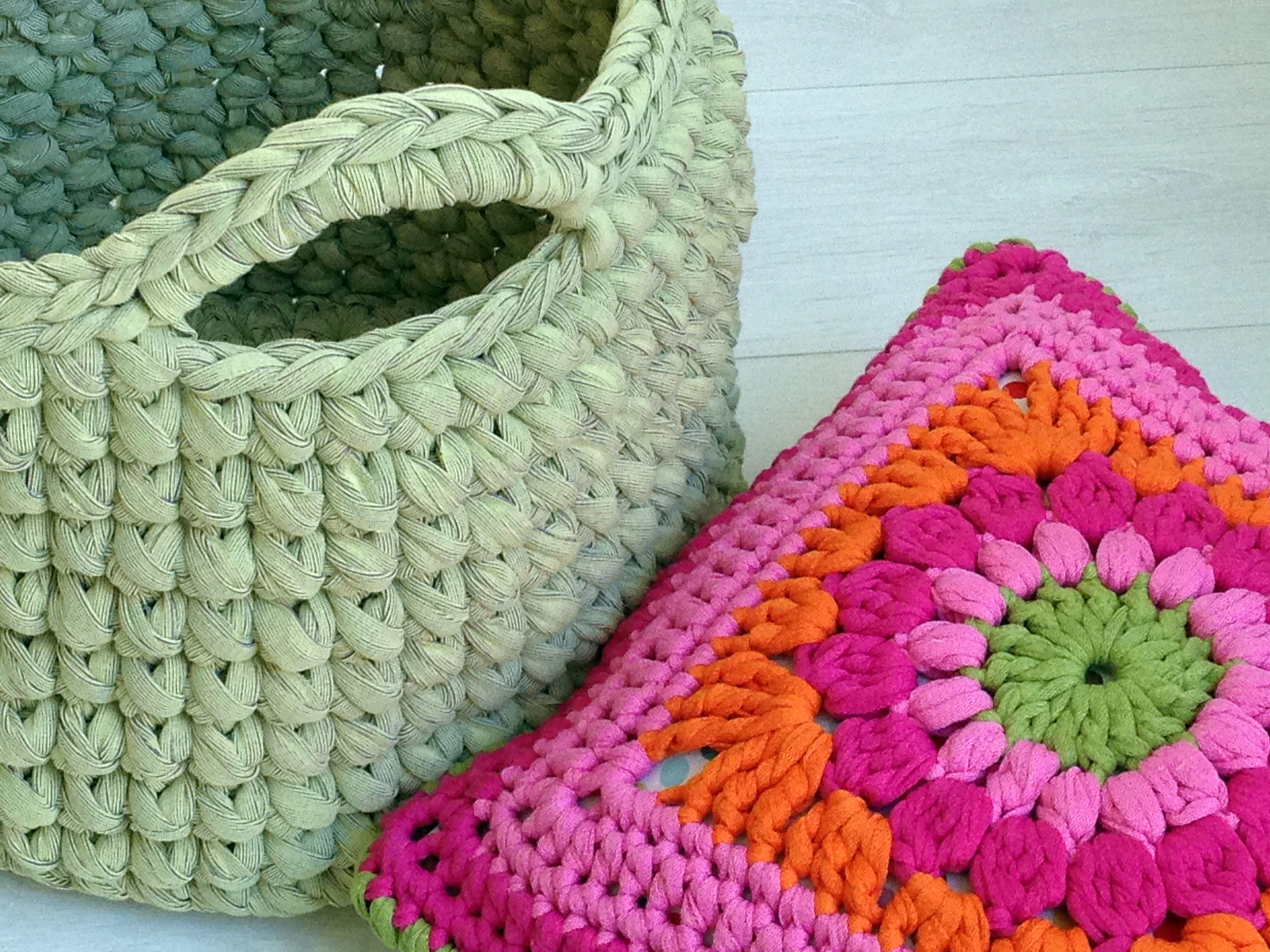 crochet basket & a crochet pillow from Katia Big Ribbon yarn tricot ...