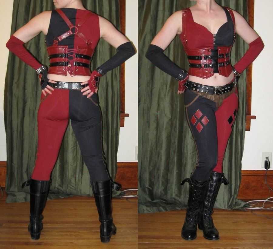 Arkham City Harley Quinn Hollymessinger