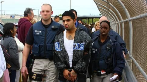 ICE Busts Illegal Alien Gang Member Following Trump\u0027s Immigration