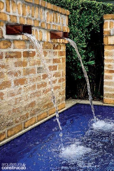 revista arquitetura e construo piscinas pequenas e notveis