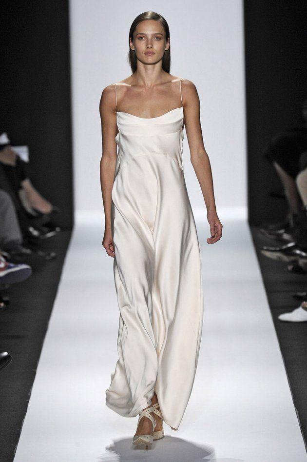 Narciso Rodriguez Jennifer Aniston Wedding Dress