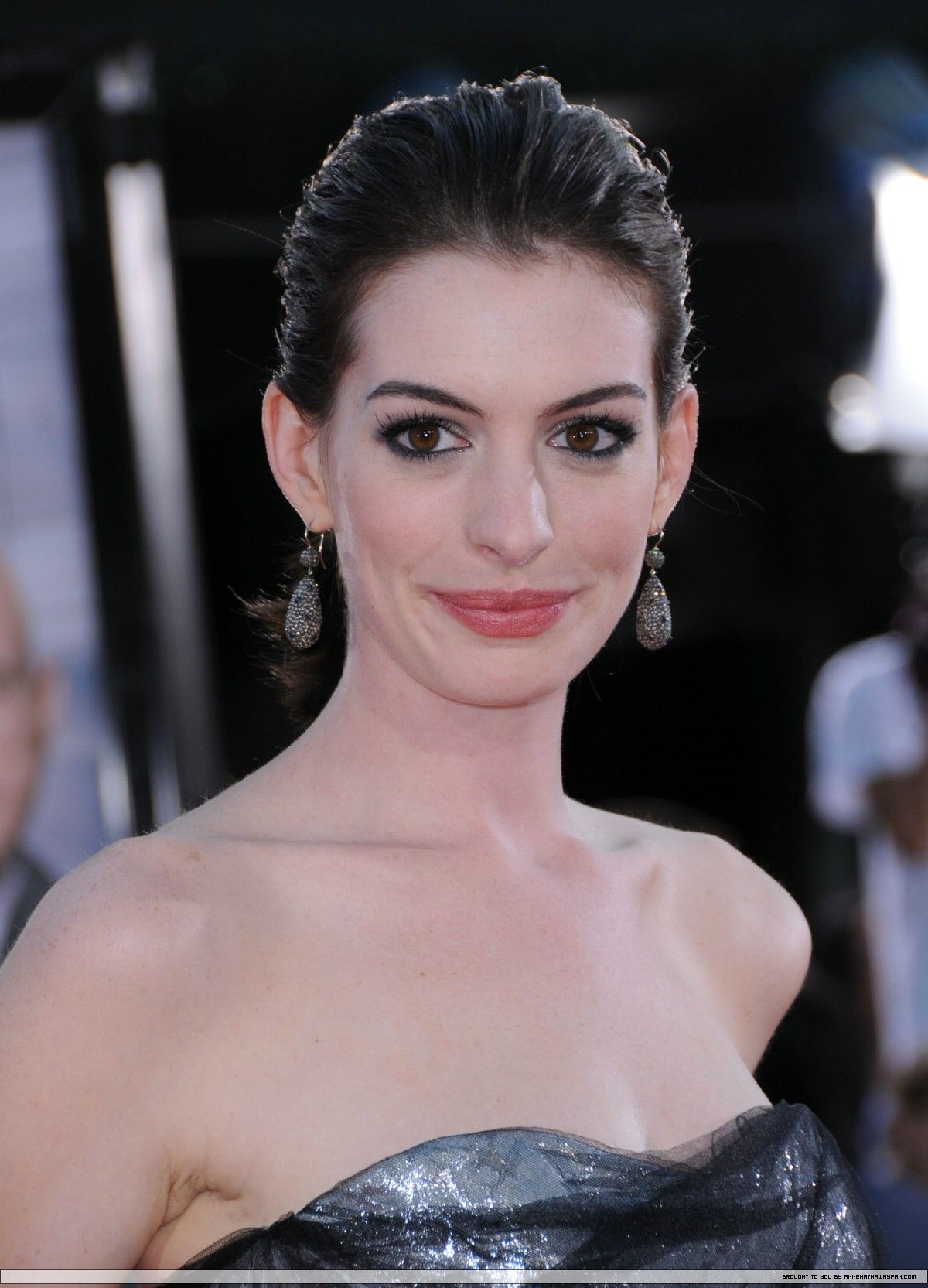 Pin by sherlock on anne hathaway in pinterest anne hathaway
