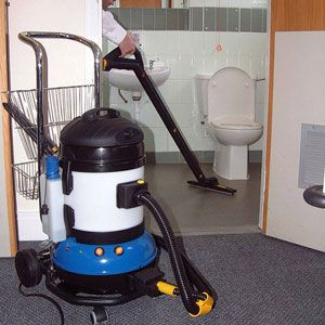 Clean A Bathroom In Under Minutes Heres How Cleaning - Bathroom cleaning machine