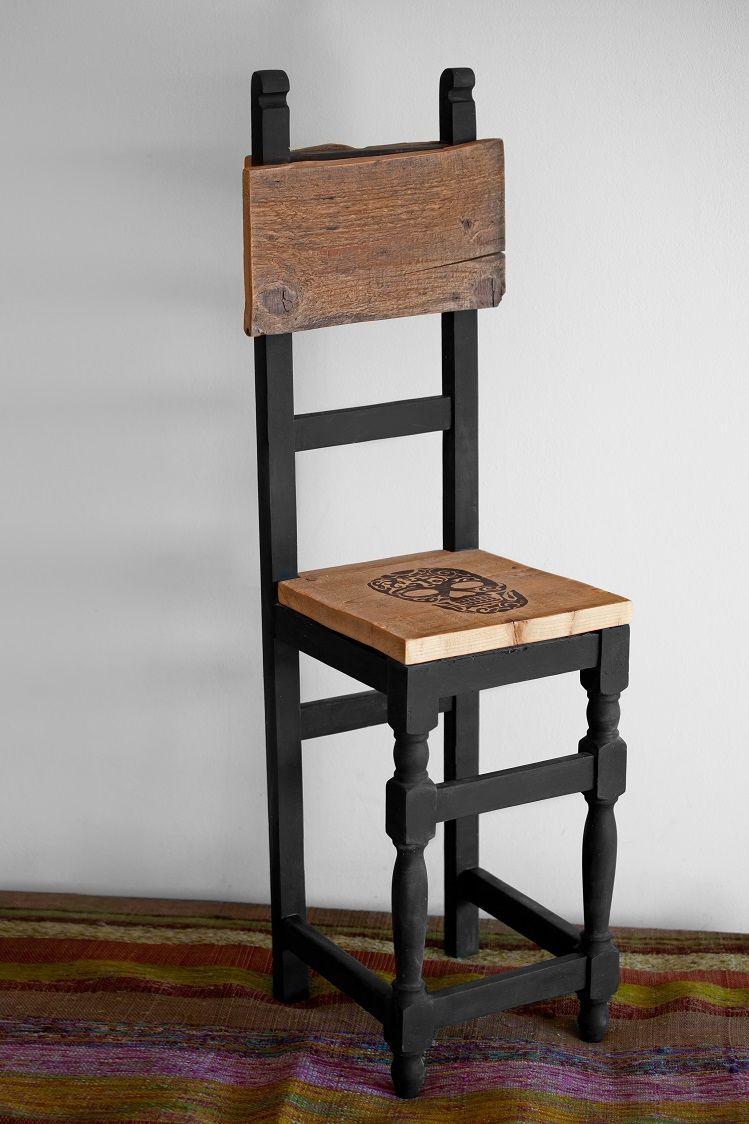 Mini chaise Mexicano/Rock'n roll via Une Grenouille dans la Maison. Click on the image to see more! Design original