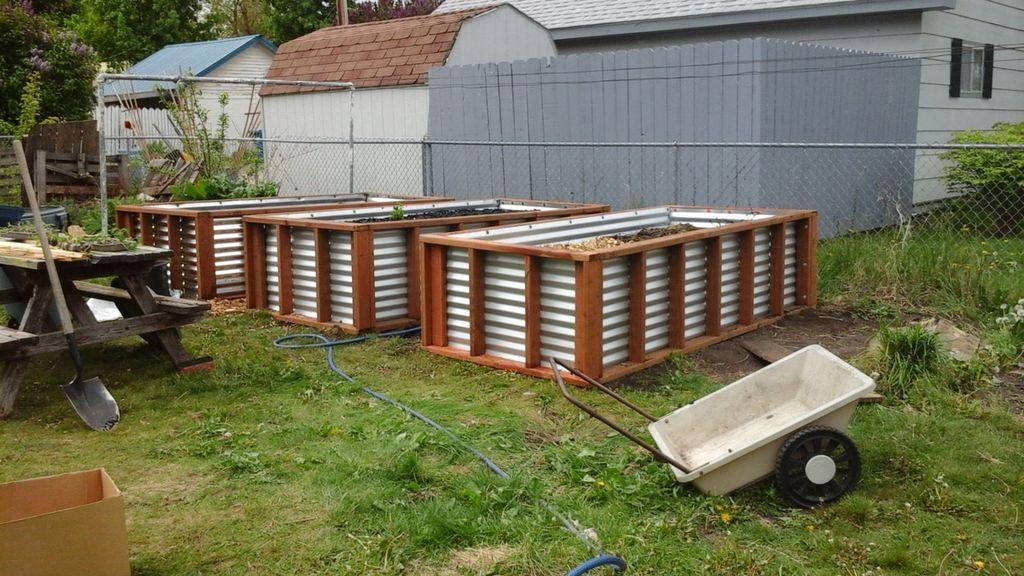 No Irrigation Raised Bed Gardening System Hugelkultur Raised Garden Beds Garden Design Raised Beds