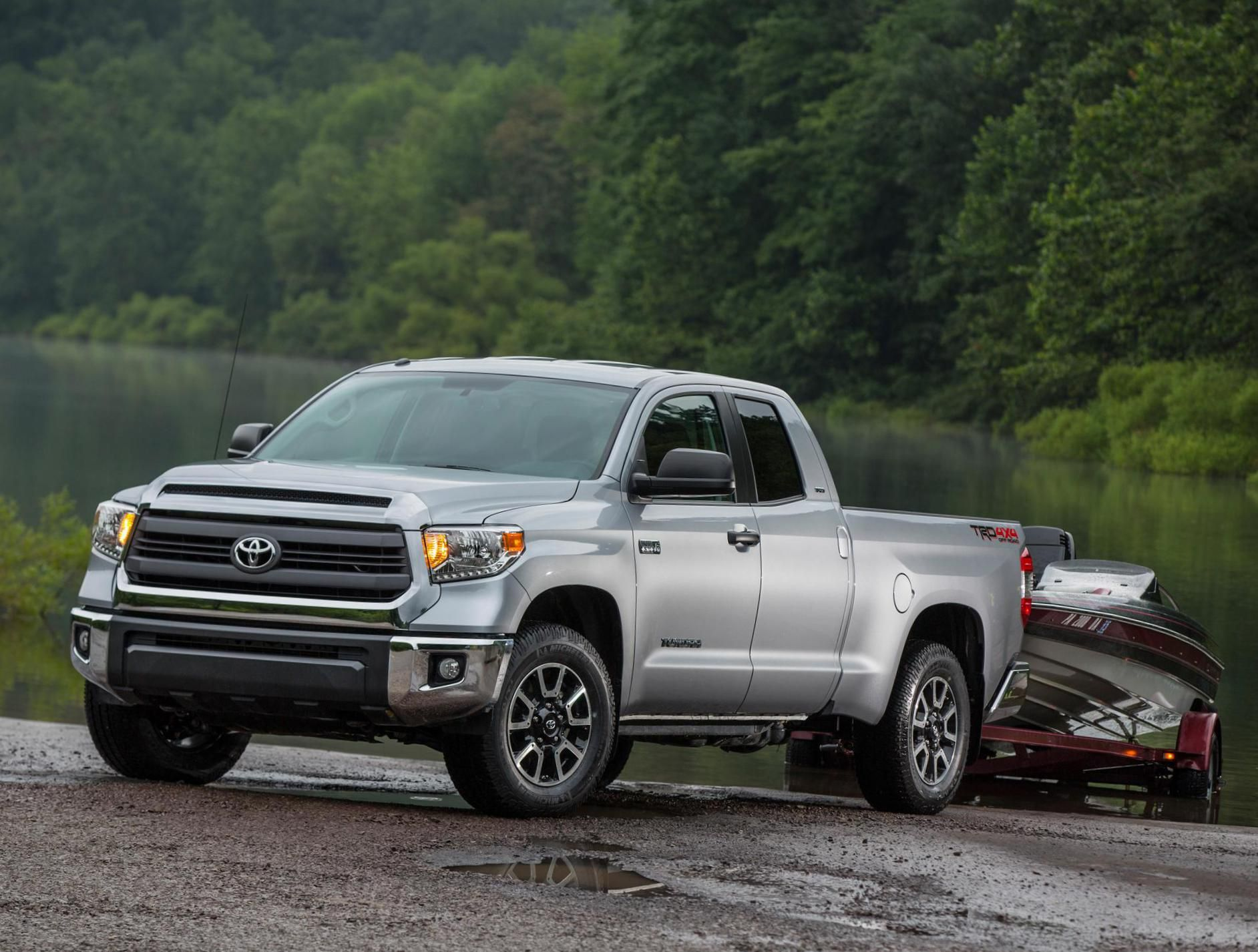 Tundra Double Cab Toyota approved - http://autotras.com