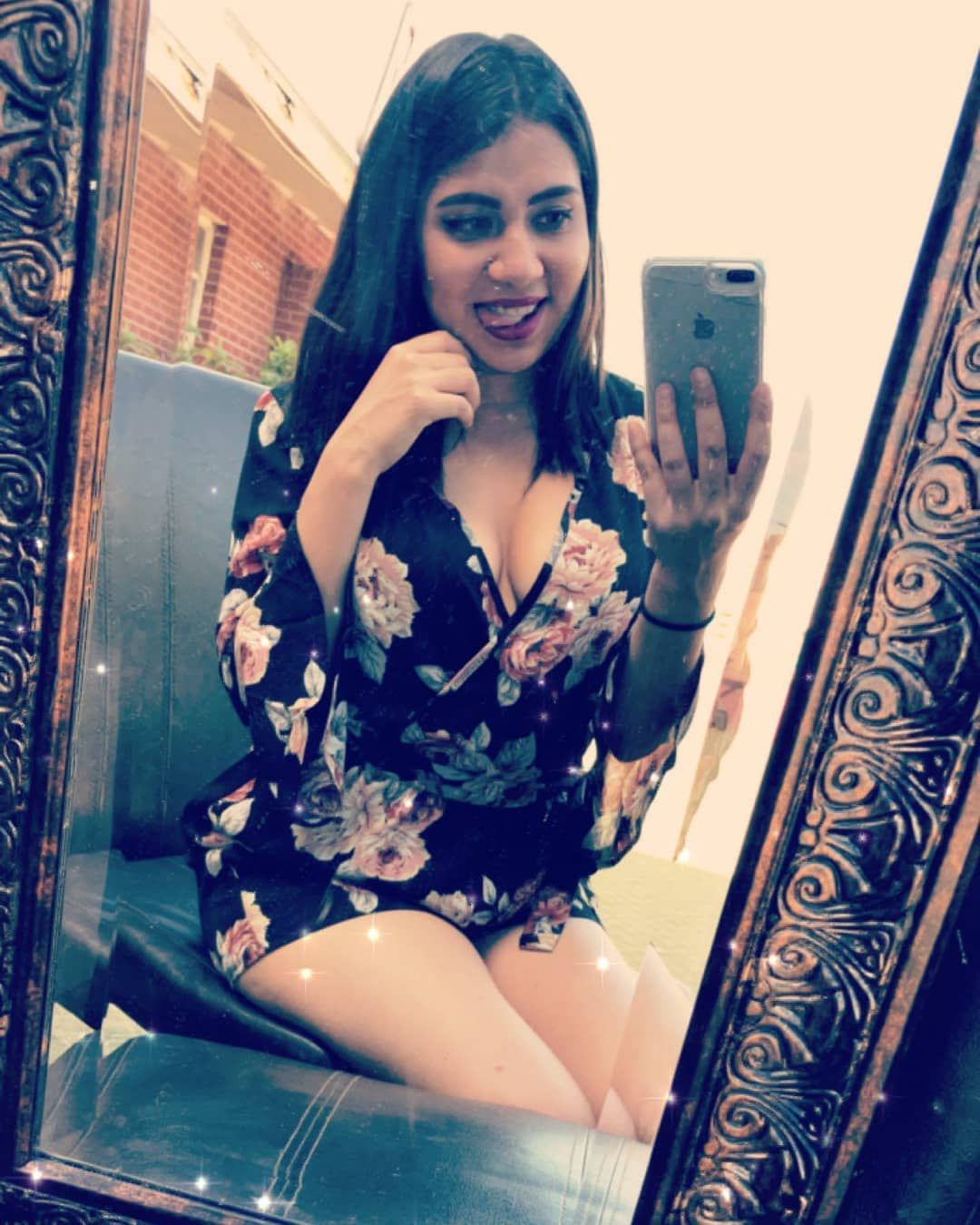 Happy Easter/April Fools Day ❤  #scorpio#novemberbaby#latina#holidays#shortgirl#romper#floral#iphone#mirrorselfie#positive#selflove#donthate#greatday#easter#aprilfools#ciao#amor#happygirl#feelingcute#shortgirl#loveyourself#dolledup#outdoors#tongueout#takingpics#dirtymirror#photooftheday#gutenmorgen#buongiorno