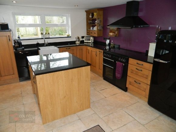 Love the purple feature wall would look fantastic with the for Kitchen feature wall ideas