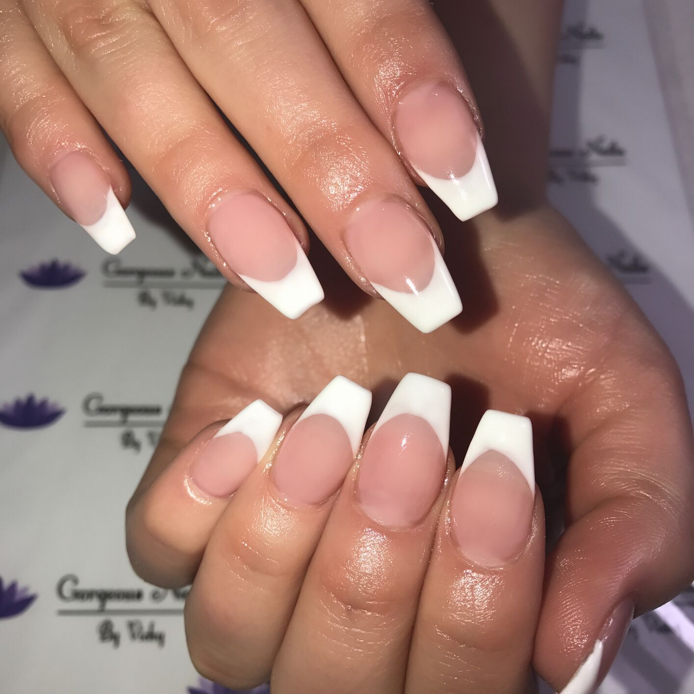 Coffin Nails Vs Gel French Tips Frenchtipnails French Tip Nail Designs Winter Nails Acrylic French Tip Acrylic Nails