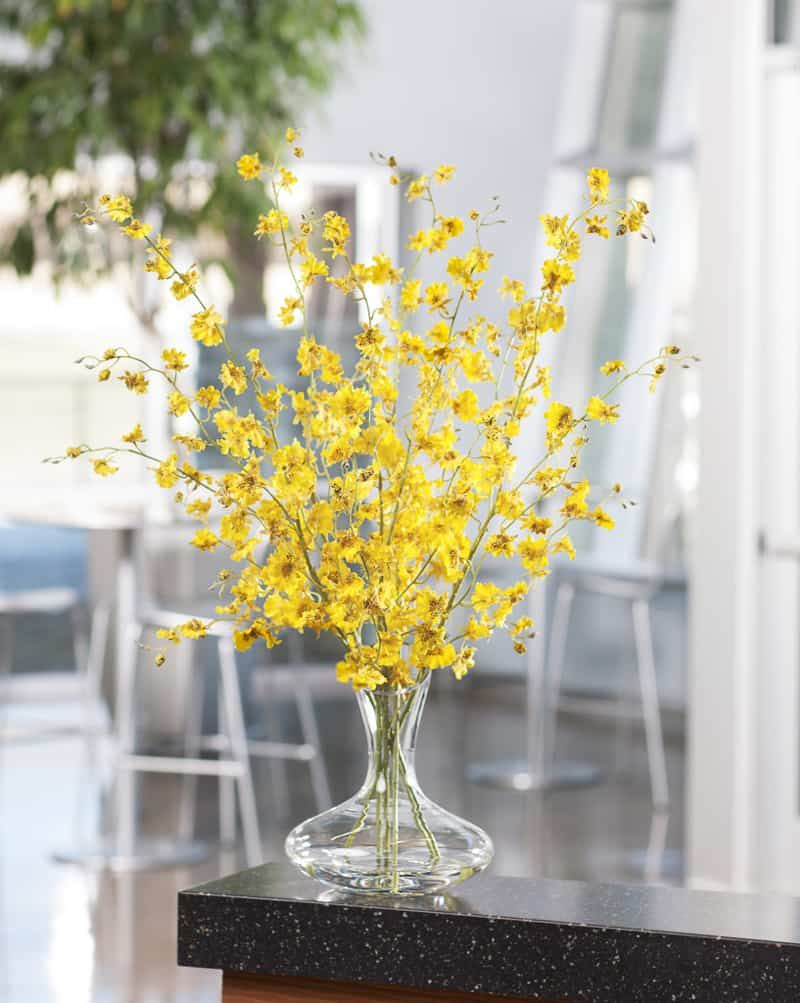9 Remarkable Ideas With Artificial Flowers How Became Cool Again Artificial Flower Arrangements Fake Flower Arrangements Flower Arrangements