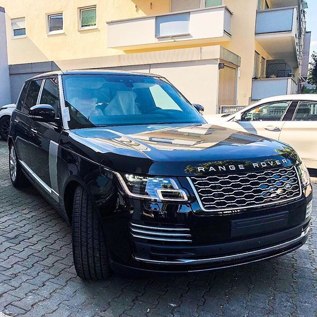 2018 Range Rover Plugin Hybrid Electric Vehicle
