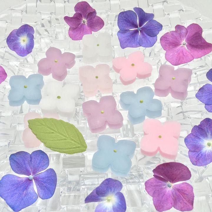 まるで食べる宝石 手土産におすすめなカラフルで可愛い 琥珀糖 5選 retrip リトリップ 琥珀糖 スイーツ かわいい 食品の描画