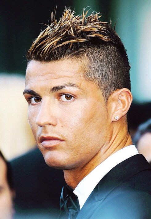 Cristiano Ronaldo The Best Football Player The Greatest Of All Time Pouted Com Ronaldo Hair Ronaldo Haircut Cristiano Ronaldo Hairstyle