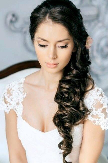 Peinados Para Novias Con El Cabello Suelto Semirecogidos Novia Peinados De Novia Estilos De Peinado Para Boda