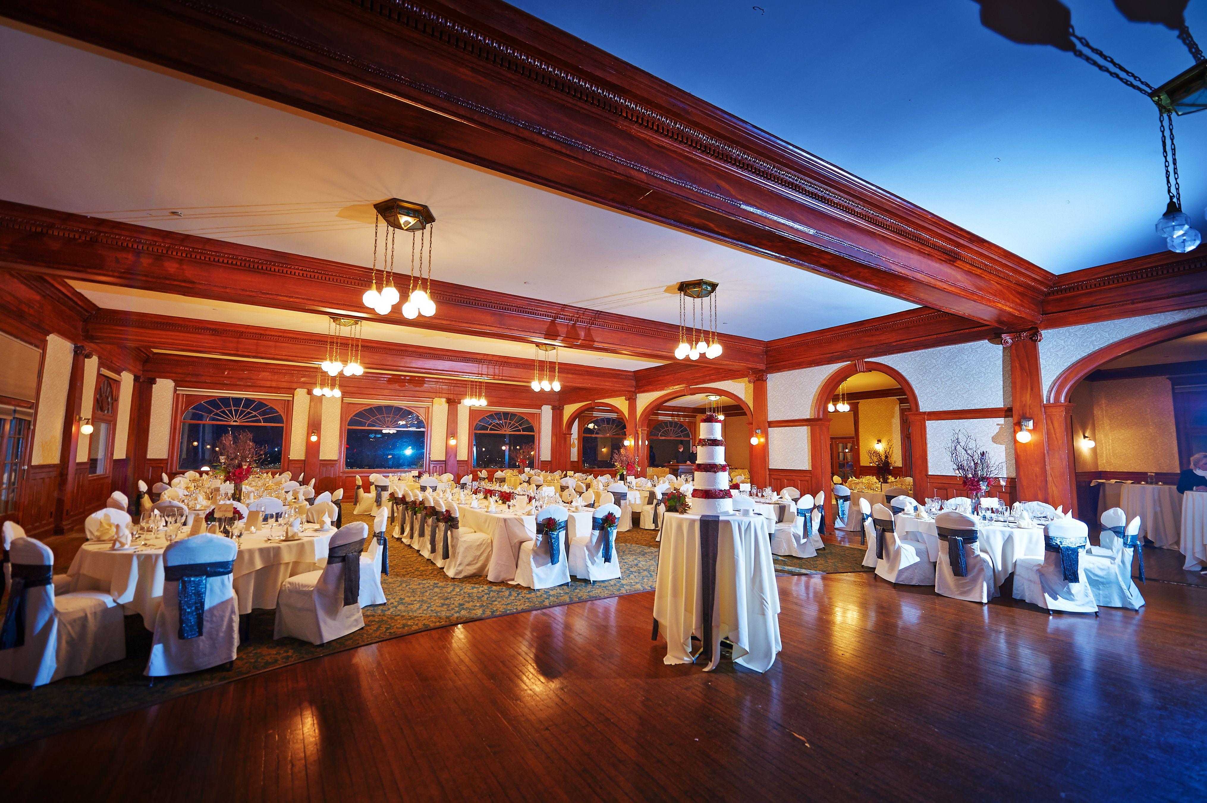Concert Hall Patio Stanley Hotel In Estes Park 9705774018