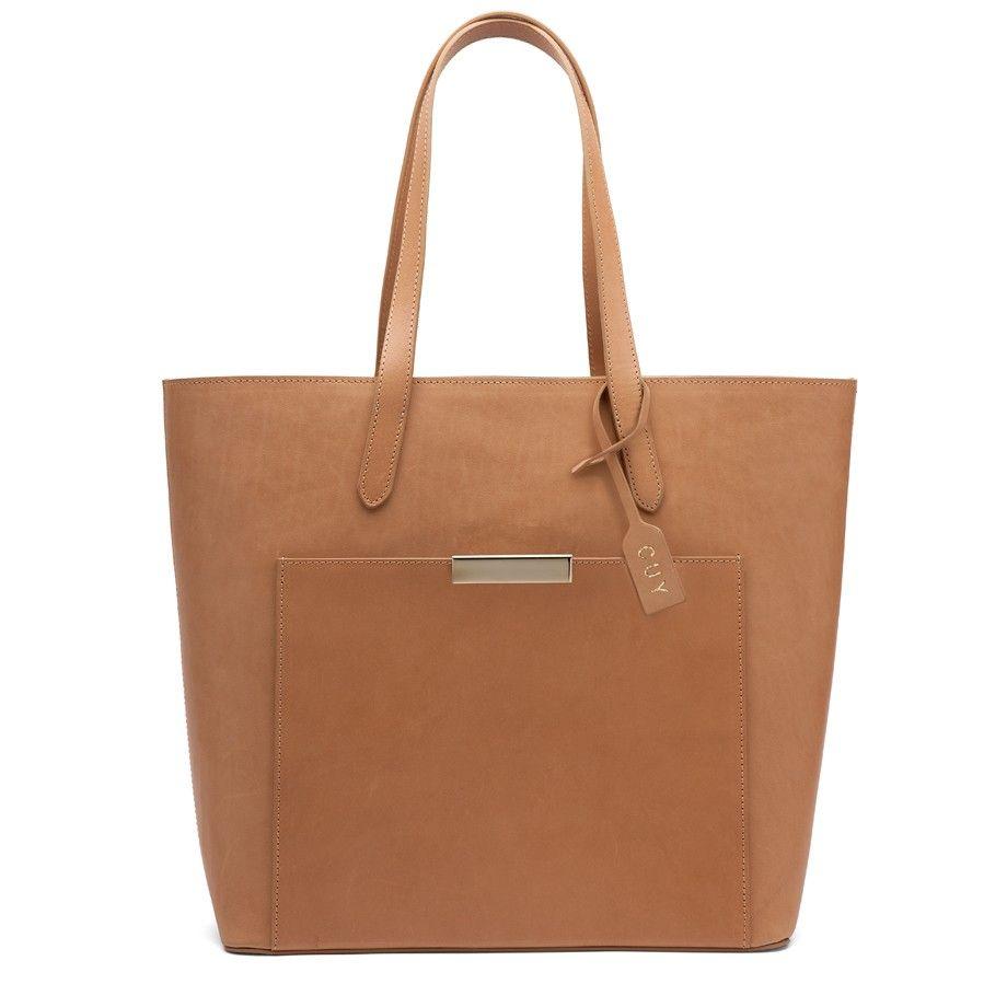 The Structured Shoulder Bag Sand