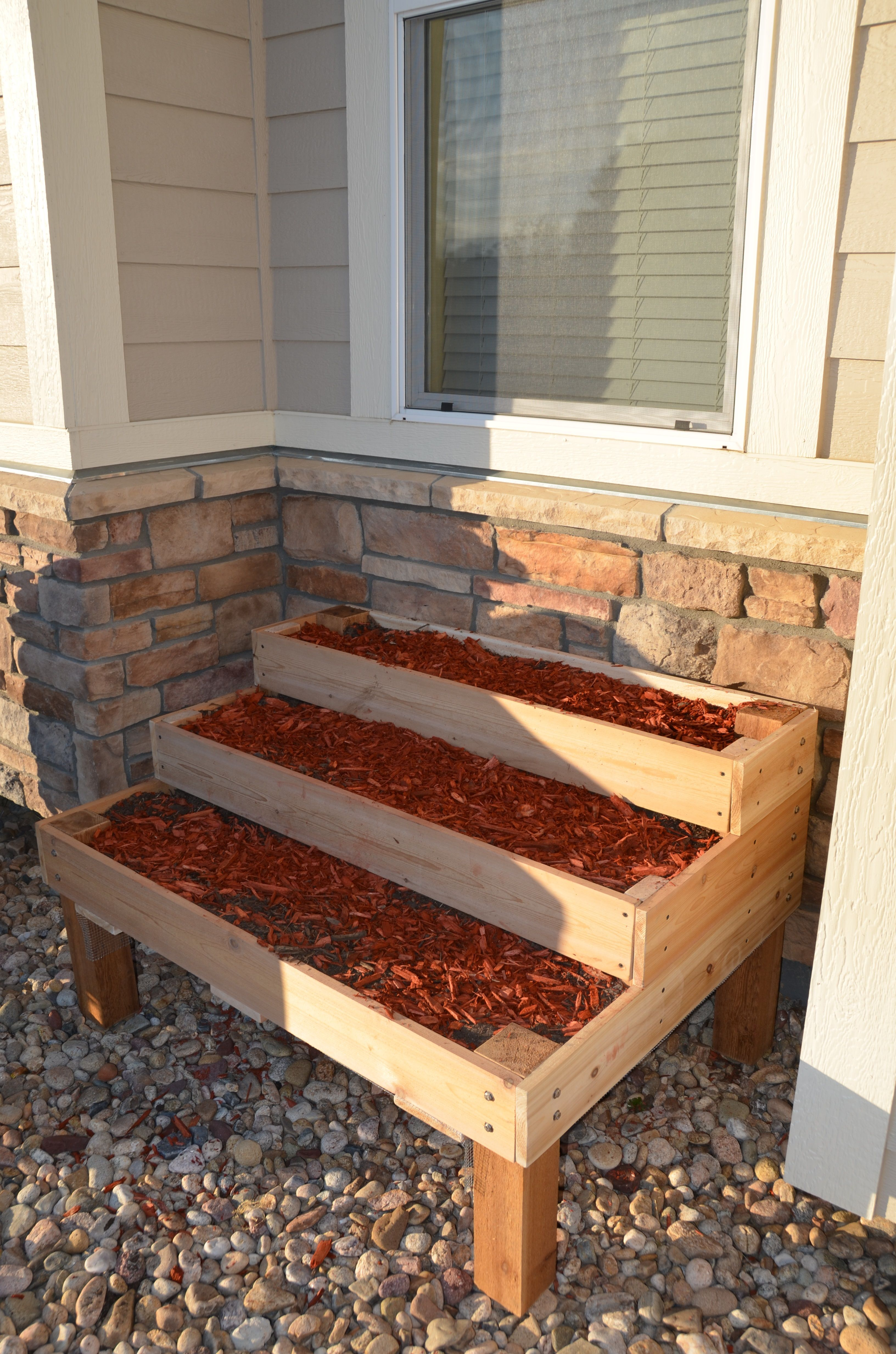 diy stepped tiered planter 2x4 raised bed Diy garden bed