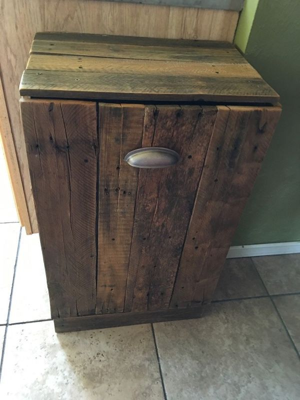 Pallet Trash Can Holder Wooden Trash Can Holder Wooden Trash