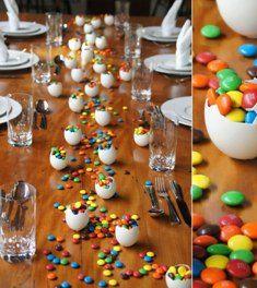 mesa  Ideias de decoração para a Páscoa! Acesse: https://pitacoseachados.wordpress.com #pitacoseachados