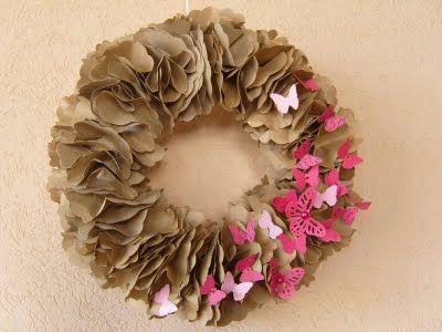 Cardboard wreath DIY