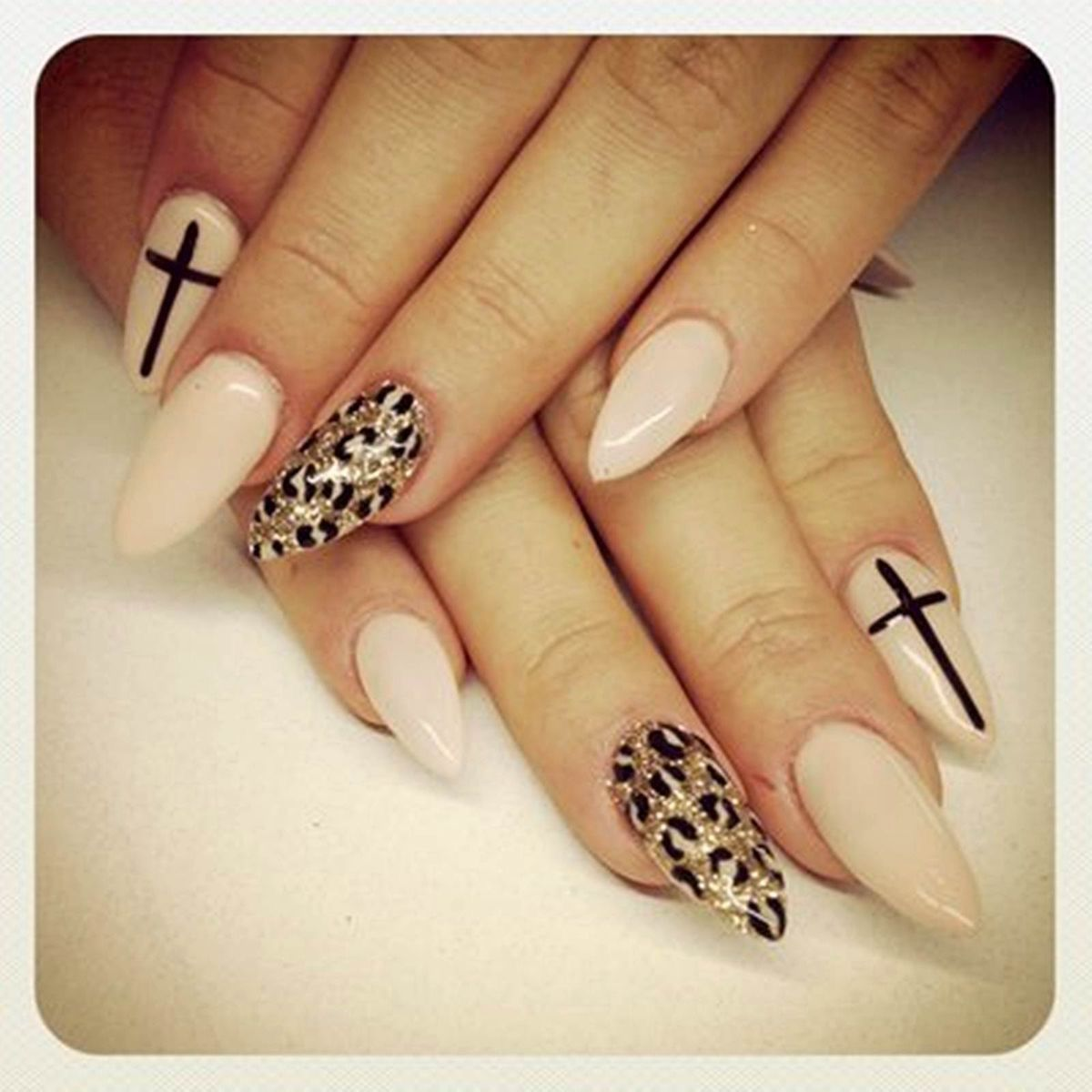 Pin by Vanessa Lugo on Nails | Pinterest | Finger nail art, Pretty ...