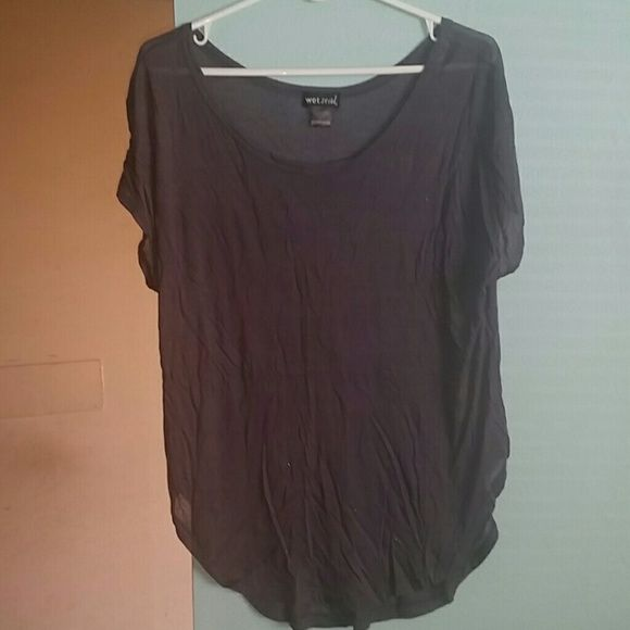 Gray top Very light Wet Seal Tops Blouses