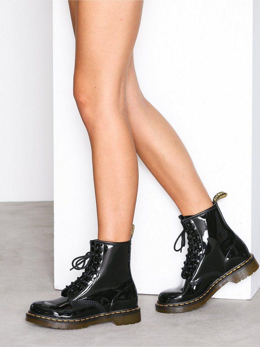 Pin De Melania Halabi En Dr Martens Zapatos Patentes