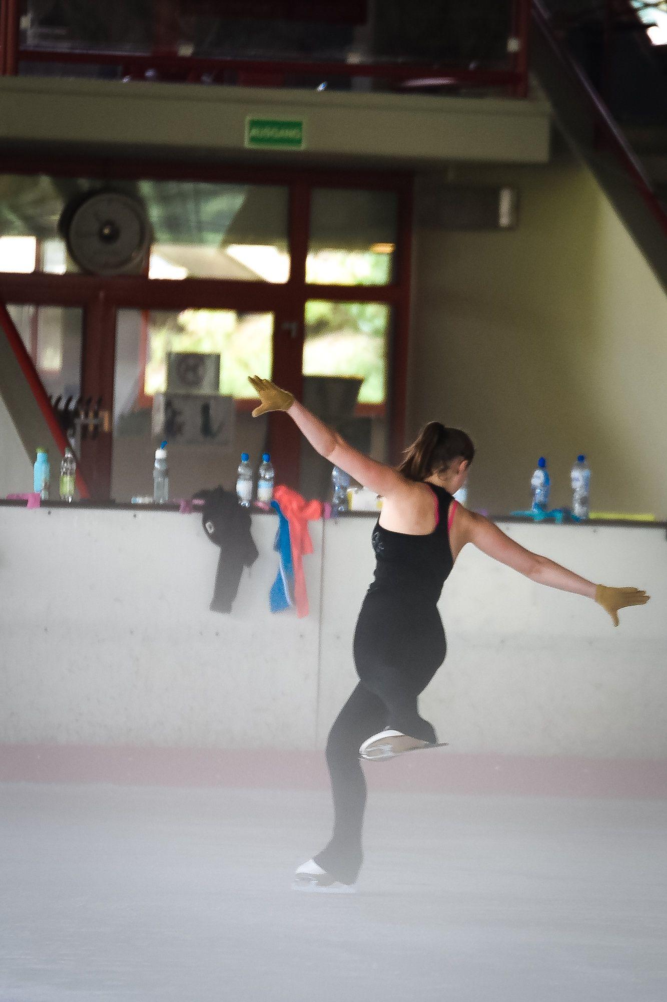 Egal, ob Eislaufen, Eiskunstlauf oder Eistanz: In der Eissporthalle #Willingen können Anfänger und Fortgeschrittene ins Eiskunstlauf-Training reinschnuppern. | Foto: Y-SiTE