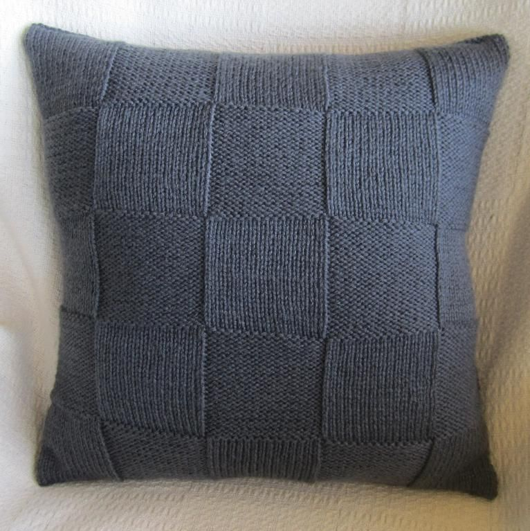Knitting Pillows : Simple squares pillow cover knitting patterns