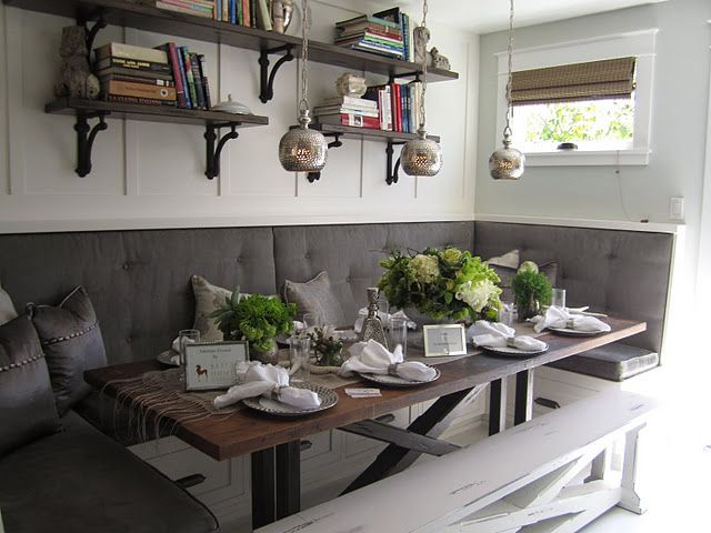 What 39 s in your wallet and beach farmhouse tour for 3 sided dining room table