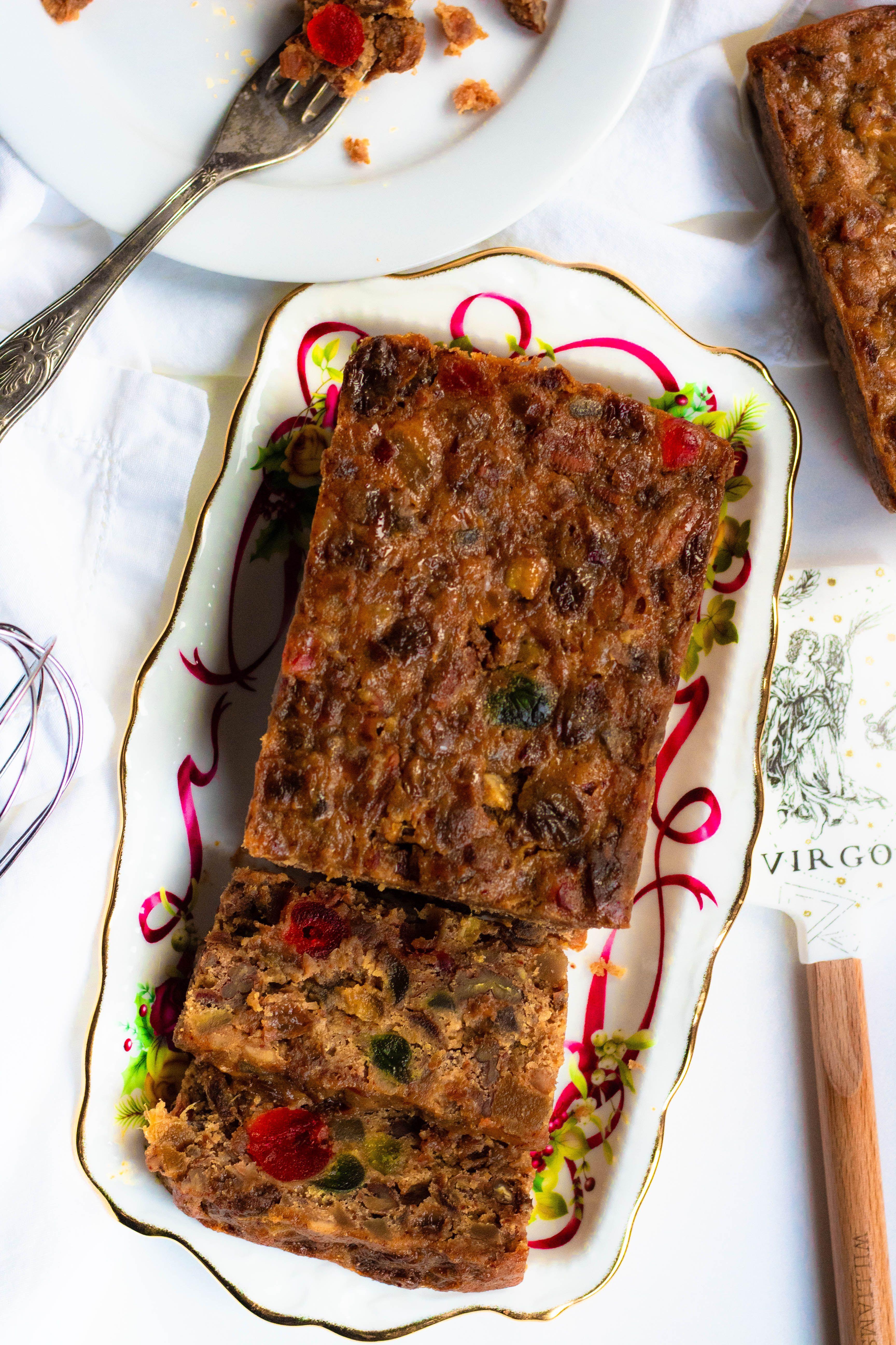 Christmas Fruit Cake Recipe Easy baking recipes, Cake