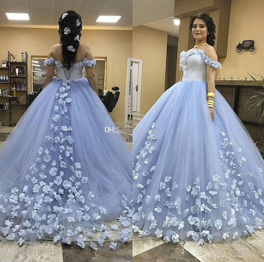 Sweet 16 Year Lace Champagne Quinceanera Dresses 2019 Vestido Debutante 15 Anos Ball Gown High Neck Sheer Prom Dress Blue Ball Gowns Ball Gowns Ball Gowns Prom [ 900 x 906 Pixel ]