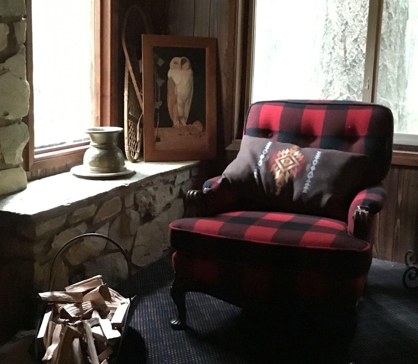 Pendleton Buffalo Plaid Chair With Pueblo Dwelling Pillow.