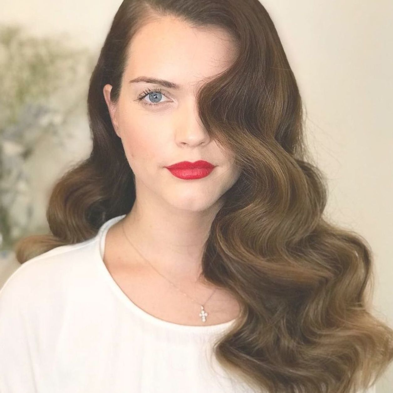 Hollywood Waves Perfection Hollywoodwaves Hairstyle Darkhair Model Redlips Weddinghairstyle Old Hollywood Hair Glamorous Wedding Hair Hollywood Hair