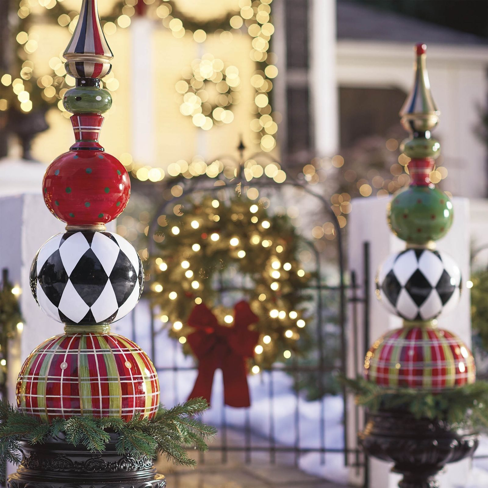 13 outdoor christmas decorations that are simply magical