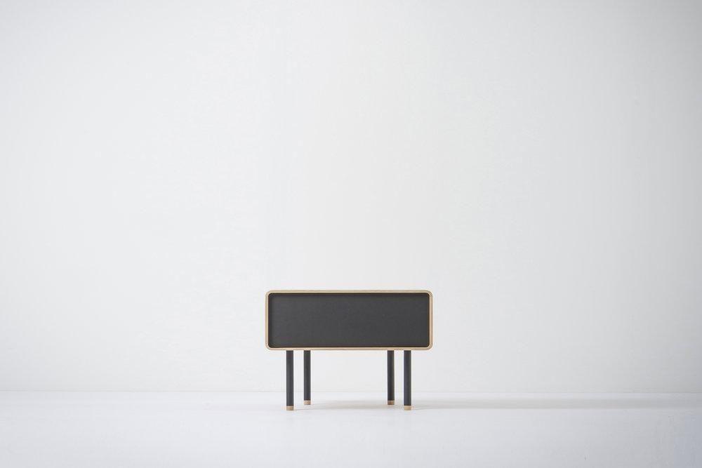 Fina | nightstand - Hardwax oil White / Nero