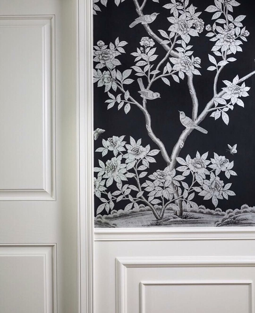 Pin by Christine on DECOR Silver wallpaper, Gracie
