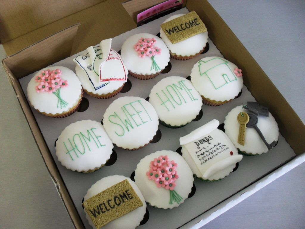 It\'s a Housewarming Party | Housewarming party, Party cupcakes and ...