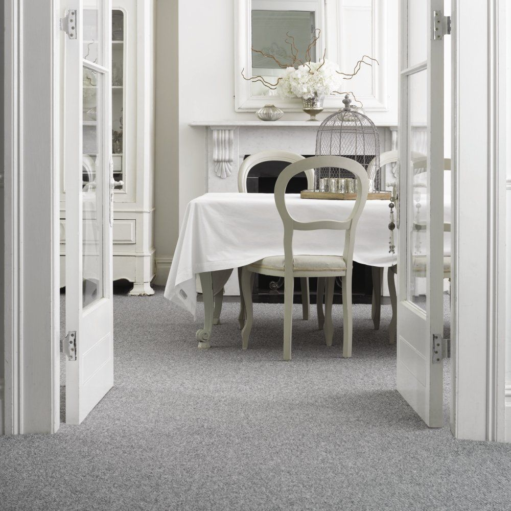 30 Inspired Photo Of Carpeted Dining Room