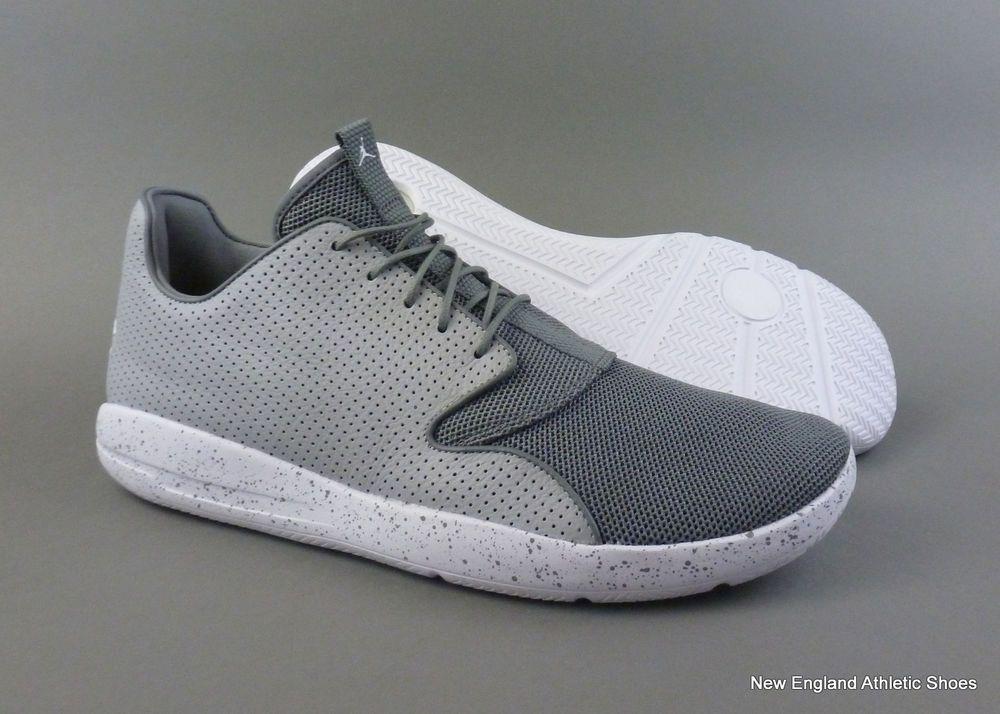 3bf67daae435 Nike men Jordan Eclipse off court shoes size 13 - Cool Grey   White   Wolf
